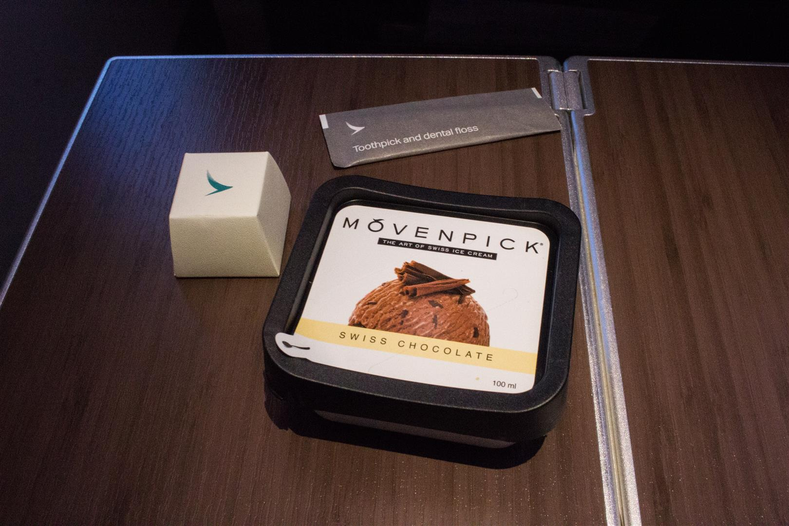 The Dinners usually came with either a chocolate sample from Ghirardelli, or Cathay Pacific's own chocolate, and a toothpick. Ice Cream was also the standard dessert for the dinners as well.